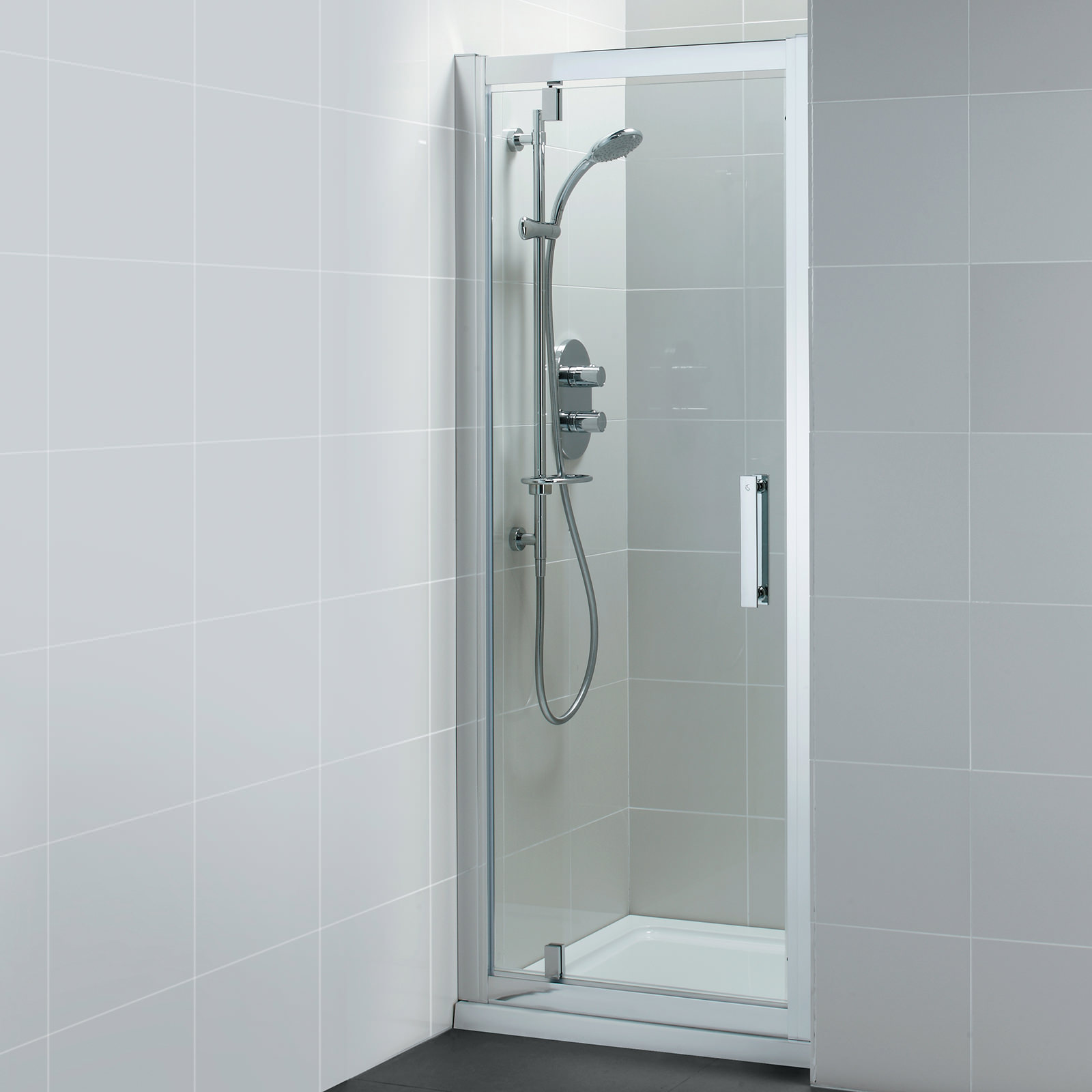 ideal standard synergy slider shower door 1700mm l6617eo